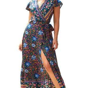NWOT Wrap Floral Bohemian Dress Size M V-neck